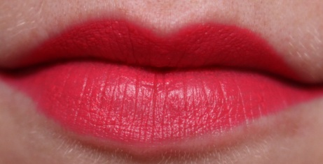Revlon Colorburst Matte Balm Unapologetic and Striking 3